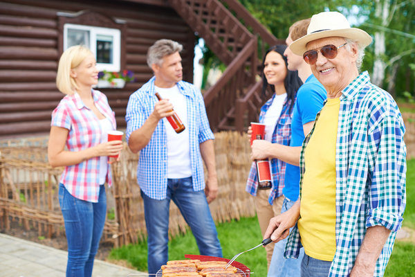 Why More Aging Adults Are Joining Active Senior Living Communities